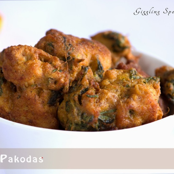 How to make Chicken pakodas(Chicken fritters)