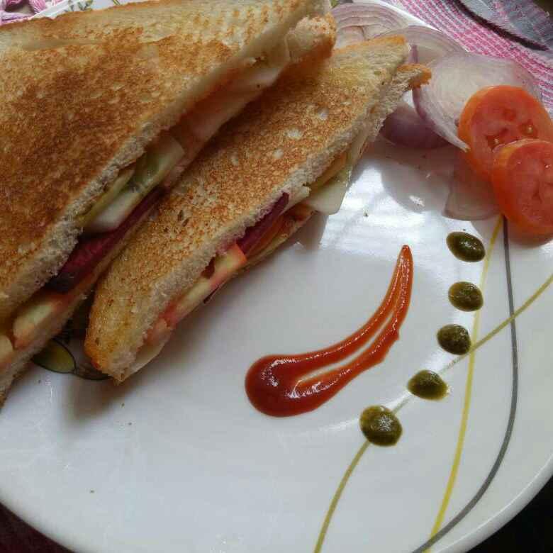 Photo of Tava vegetable sandwich by Uma Purohit at BetterButter