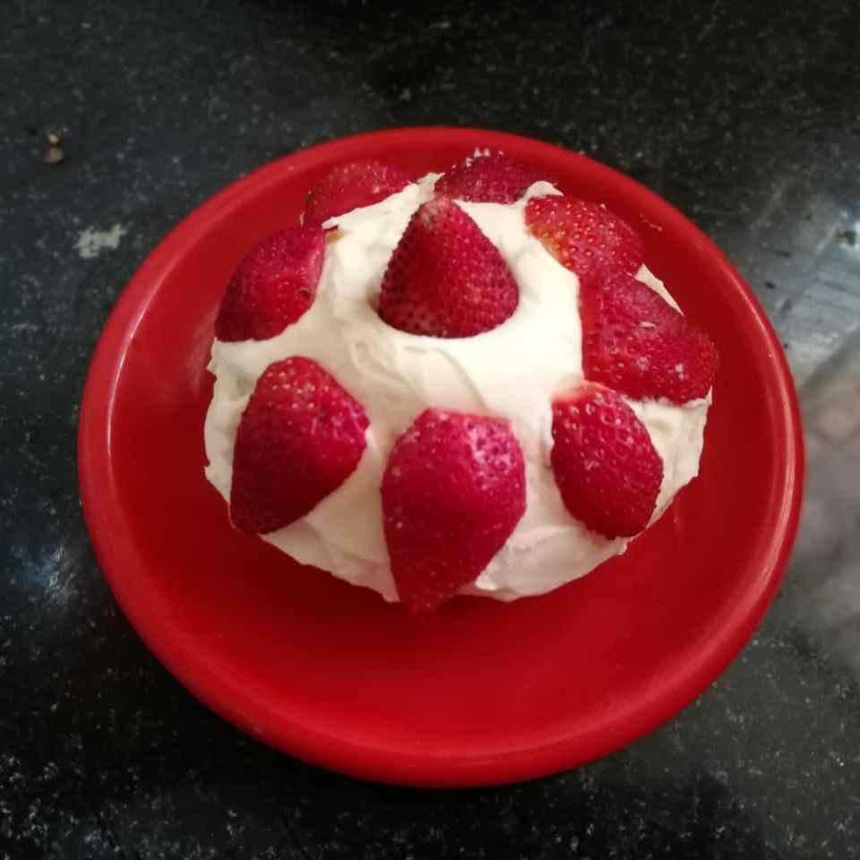Photo of Cream cake. by Priyanka Nandi at BetterButter