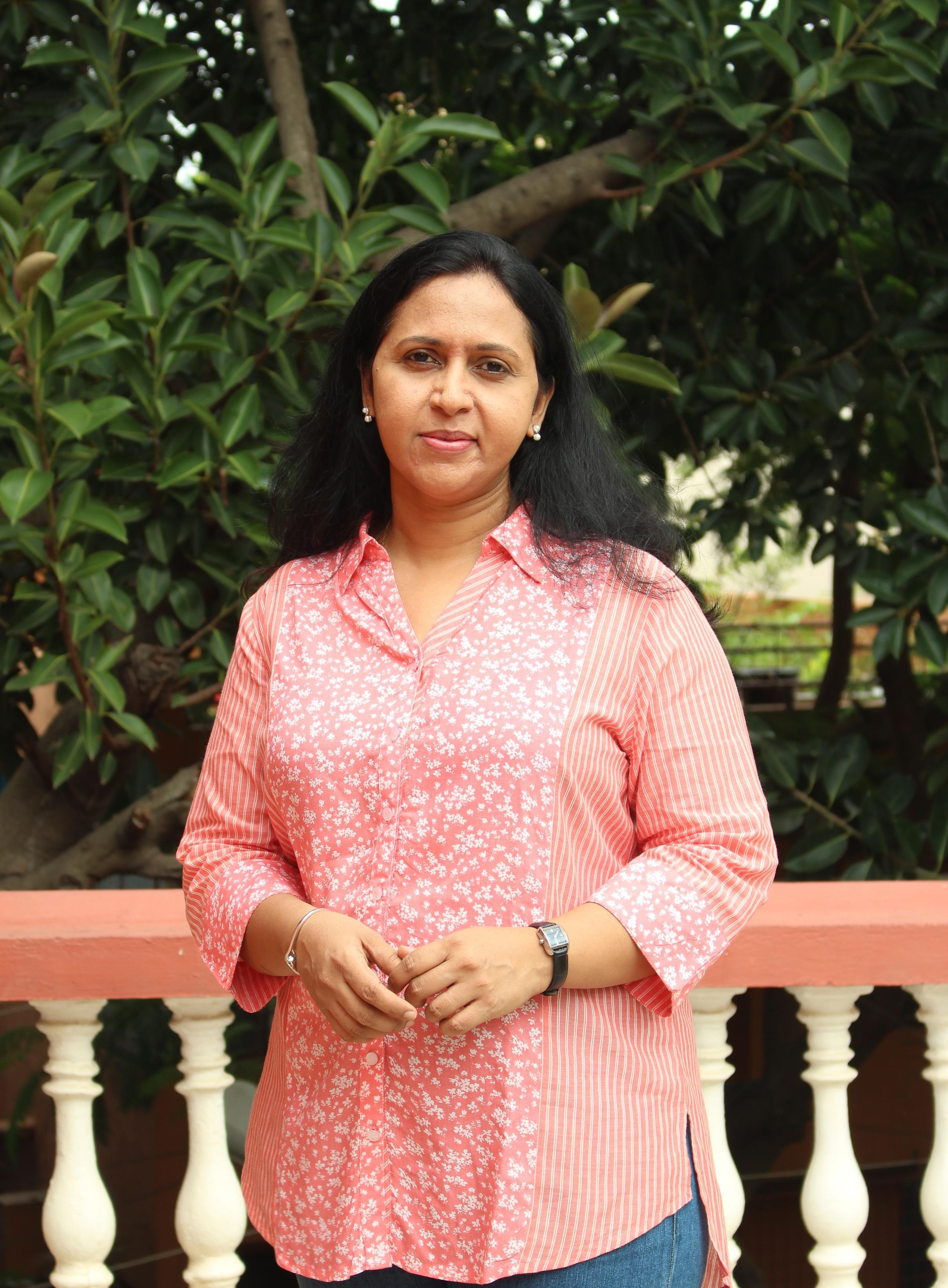 Suma Rowjee food blogger
