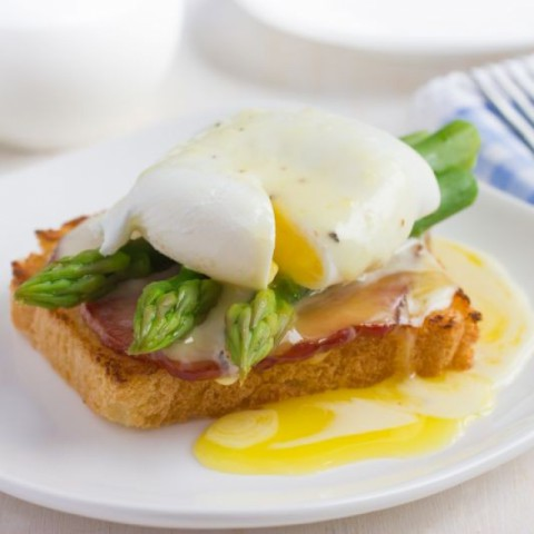 Photo of Eggs Benedict by Radhika Khandelwal at BetterButter