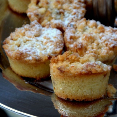 How to make Apple crumble muffins