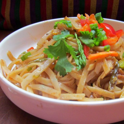 How to make Thai Noodles with Spicy Peanut Sauce