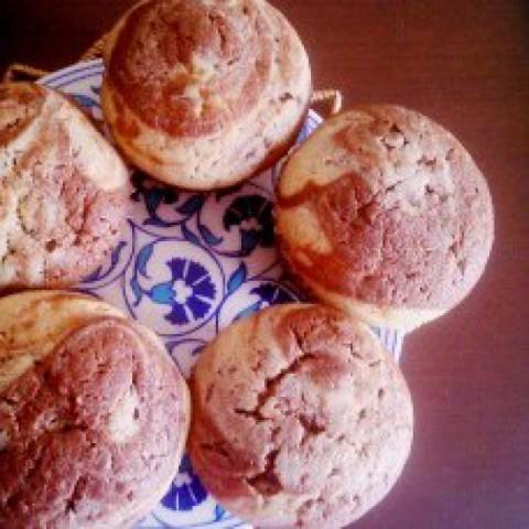 Photo of Wholewheat Eggless Vanilla Chocolate Muffins by Simran Oberoi Multani at BetterButter