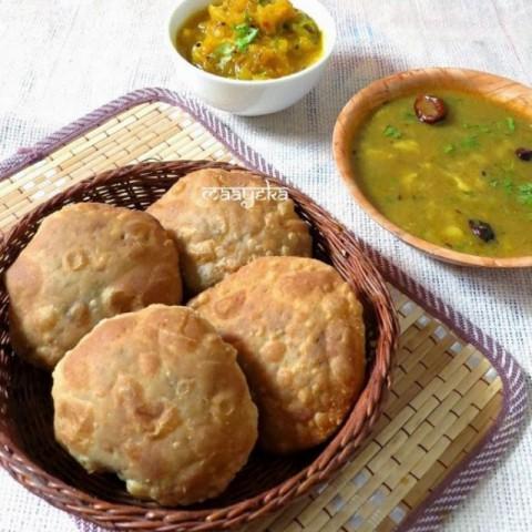 Photo of Urad dal ki khasta kachori by Anjana Chaturvedi at BetterButter