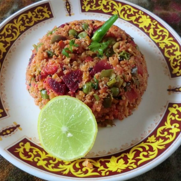 How to make Oats upma with beetroot and vegetables