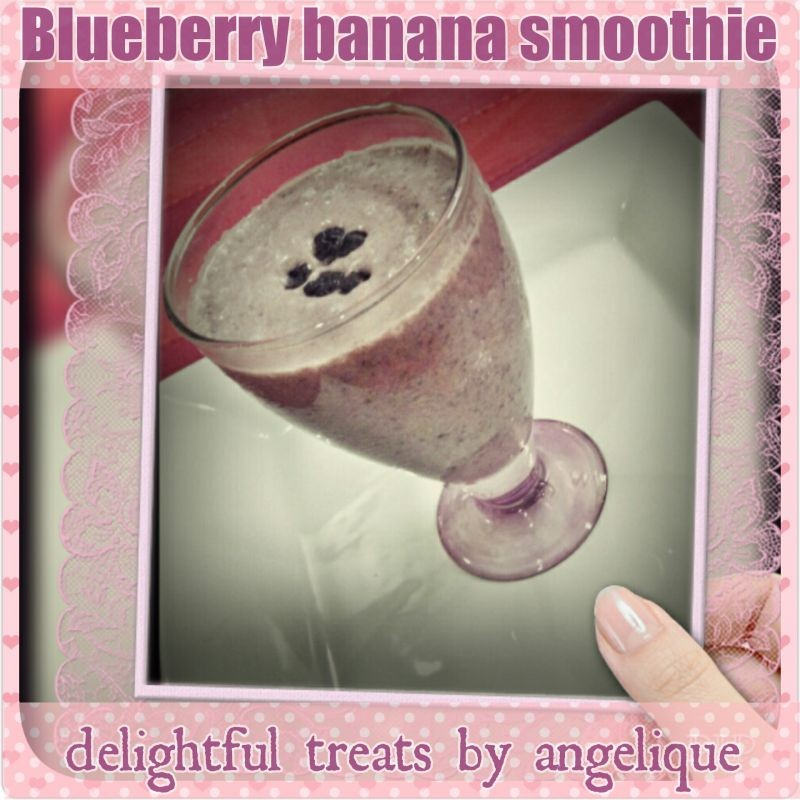 How to make Angel's Blueberry banana smoothie