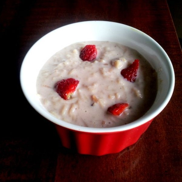 Photo of seviyan and strawberry kheer by Madhavi Telange at BetterButter