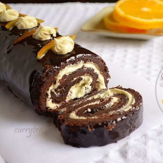How to make Chocolate Roulade with Orange-Vanilla Filling