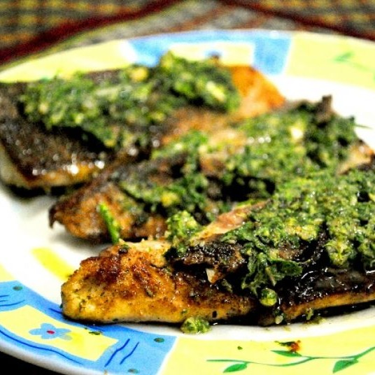How to make Fish with Pesto Sauce