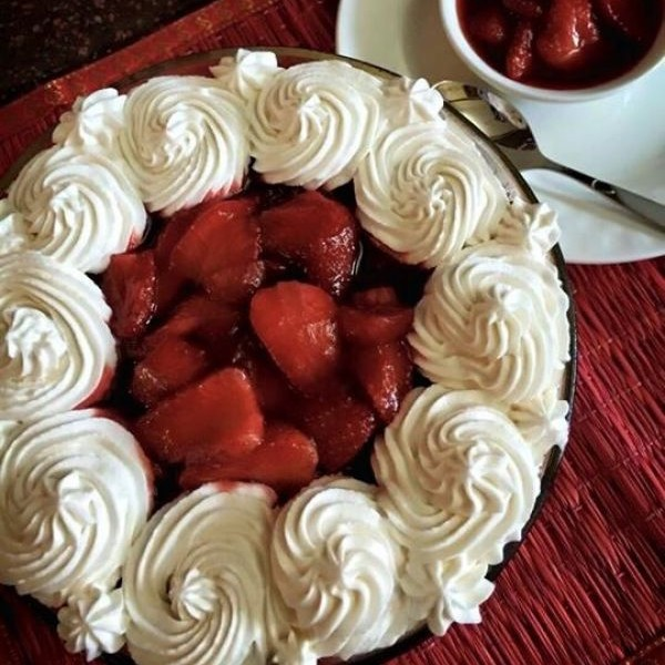 How to make Butterscotch Strawberry Trifle