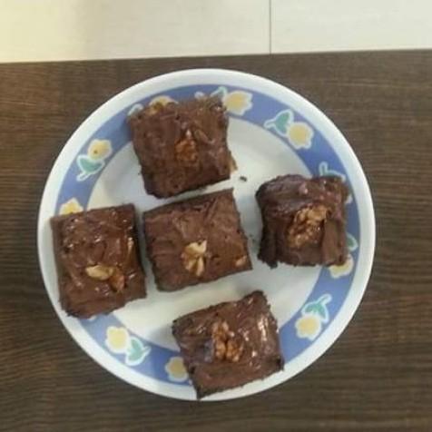 Photo of Yummy eggless chocolate walnut brownies by Deepa Gupta at BetterButter