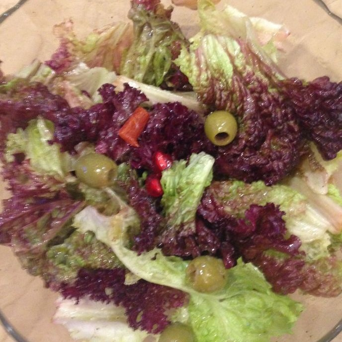 Photo of Red and green leaf lettuce salad by bina bedi at BetterButter