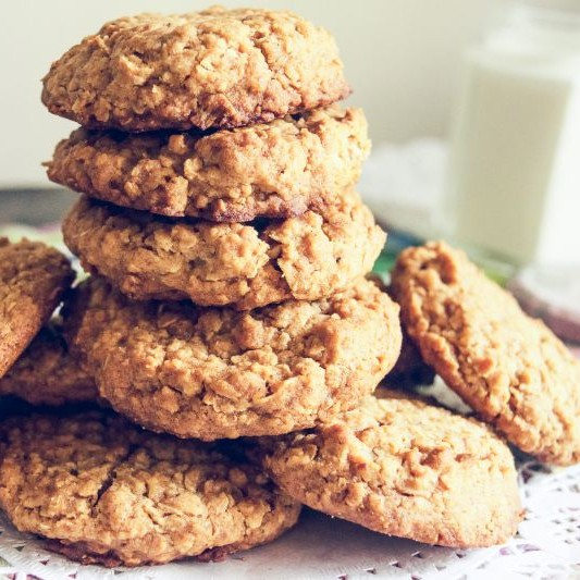 Photo of Whole Wheat Honey and Oatmeal Cookies by Deepika Agarwal at BetterButter