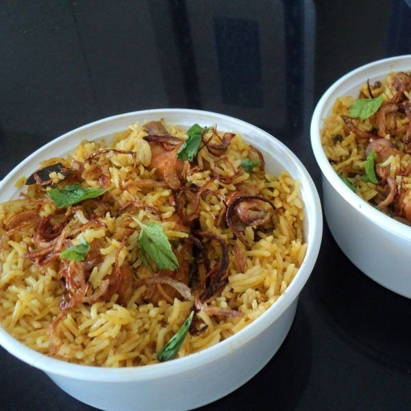 How to make Hyderabadi Chicken Dum Biryani ( In a Pressure Cooker )