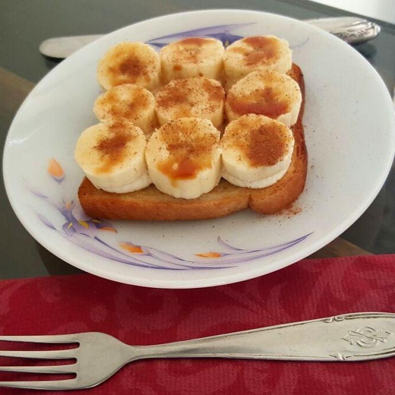 How to make केले और पनीर का खुला हुआ सैंडविच