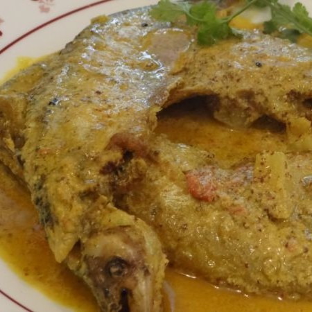 Photo of Sorse Pabda/Pabo Catfish in Mustard Sauce by Mukulika Sengupta at BetterButter
