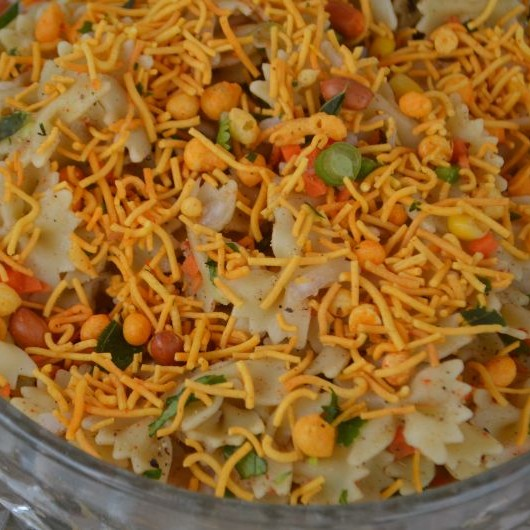 How to make Italian bhel