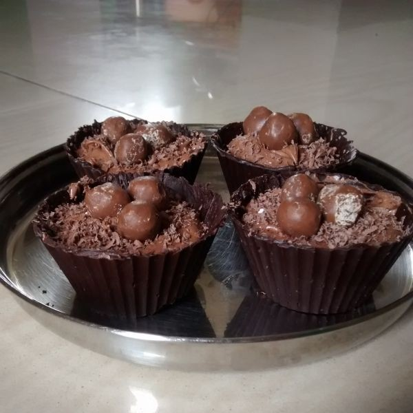 How to make Bird's nest chocolate cups!
