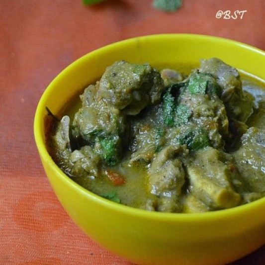 How to make Green Mutton Masala