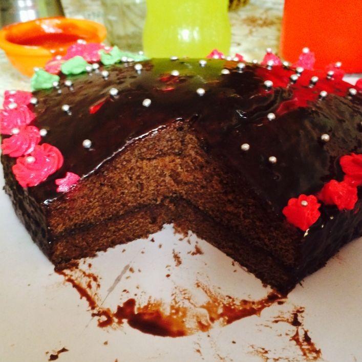 How to make Eggless Chocolate cake with ganache frosting (my black beauty birthday cake)