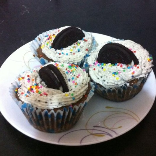 Photo of Oreo cooker cup cakes by Shyama Parekh at BetterButter