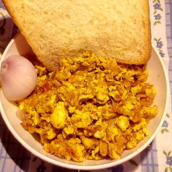 Photo of Instant Scrambled Egg (Jhatpat Bhurjee Pav) by Sharon Dcosta at BetterButter