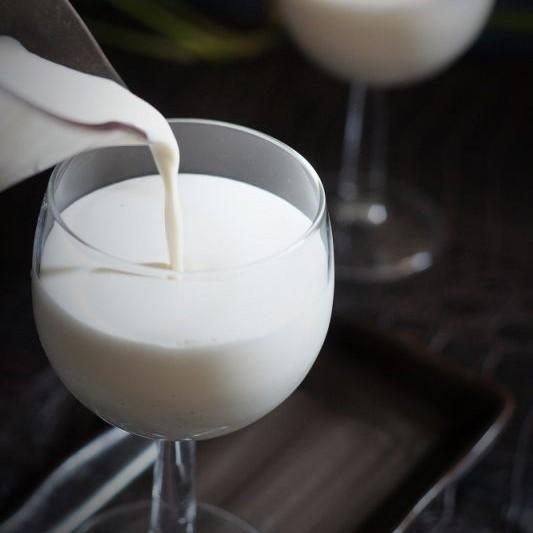 Photo of Cheesy Vanilla Milkshake by Fareeha Ahmed at BetterButter