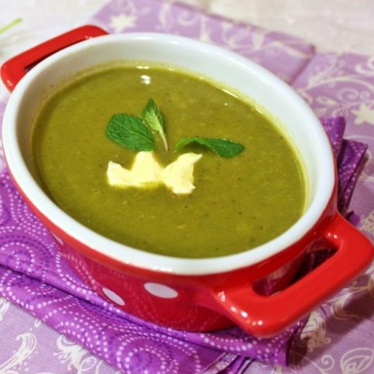 How to make Moong and Spinach Soup