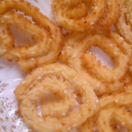 How to make Chakli/Murukku