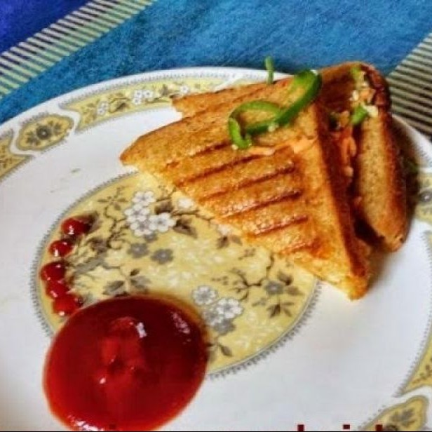 Photo of Capsicum and Carrot sandwich with oats and curd by Hem Lata Srivastava at BetterButter