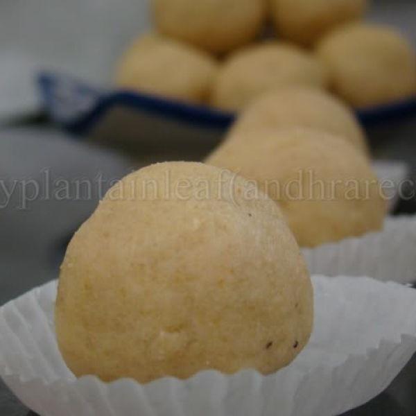How to make Sunnundalu - Urad dal laddu