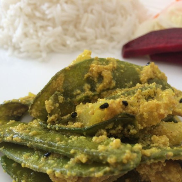 How to make Sheem Posto (Broad Beans with Poppy Seeds)