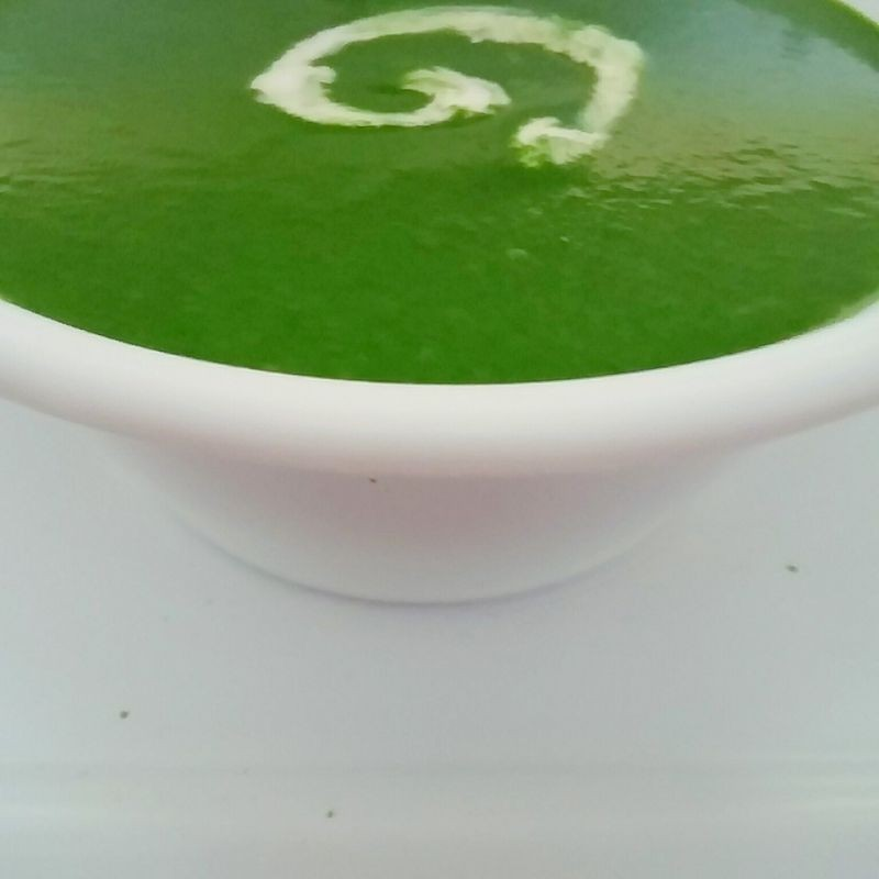 How to make Cream of Spinach soup (Dash of cream)