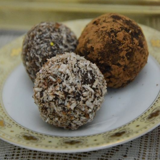 How to make Chocolate And Nuts Balls