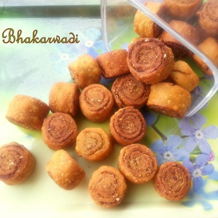 How to make Bhakarwadi