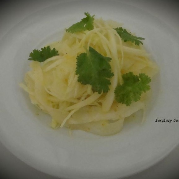How to make Cabbage and Radish salad with orange dressing