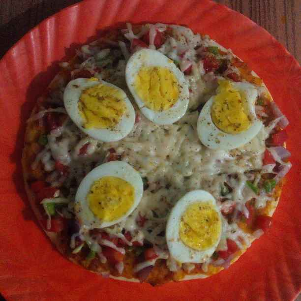 Photo of Boiled egg Cheese pizza by puja dhiman at BetterButter