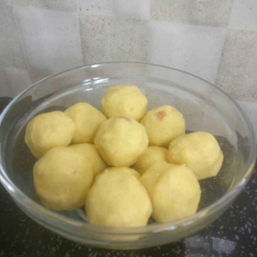 Photo of Potukadalai laddoo( chutney dal) by Pushpa kannan at BetterButter