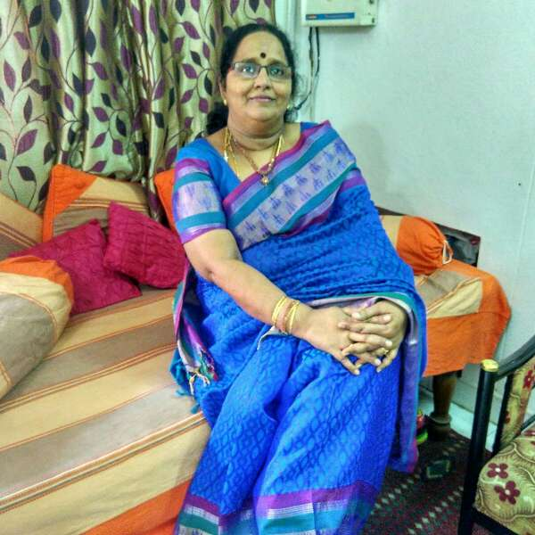 R.Anandi Anand food blogger