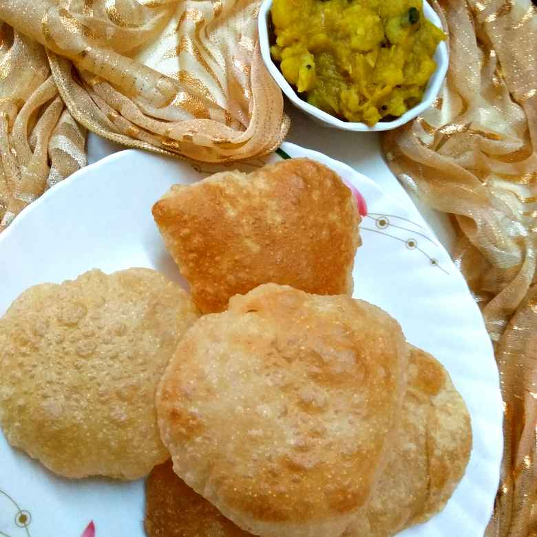 Photo of Poori and kilangu masala by Rabia Hamnah at BetterButter