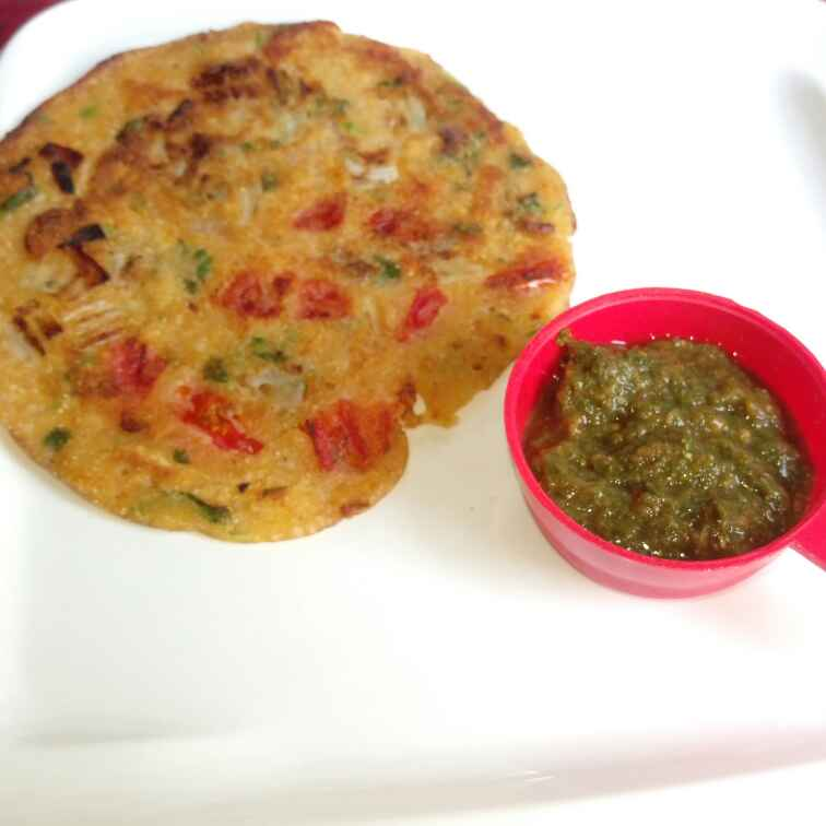 How to make Masala Uthappam with Green Chutney