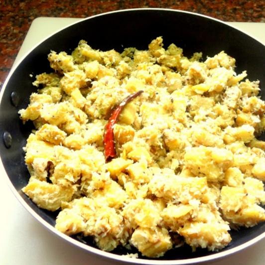How to make Green plantain curry ( vazhakkai podhuthuval )