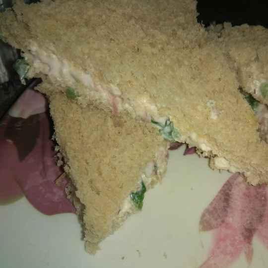 Photo of Veg mayo sandwich by Radhika Soni at BetterButter
