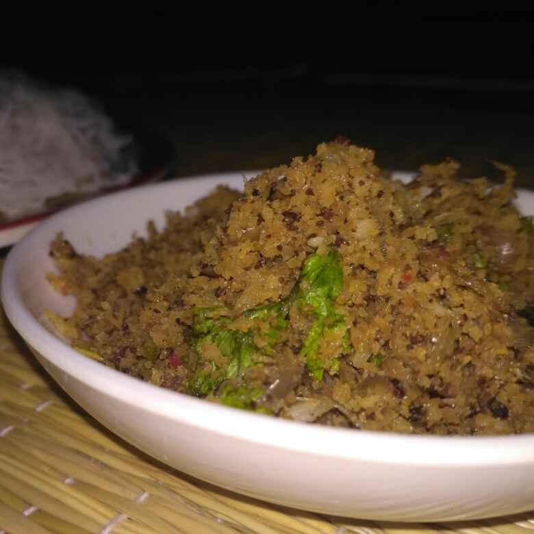 How to make Masi Podi (Dried Tuna Fish Powder)
