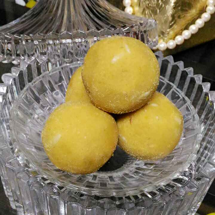 Photo of Besan dry fruit laddu by Geeta Verma at BetterButter