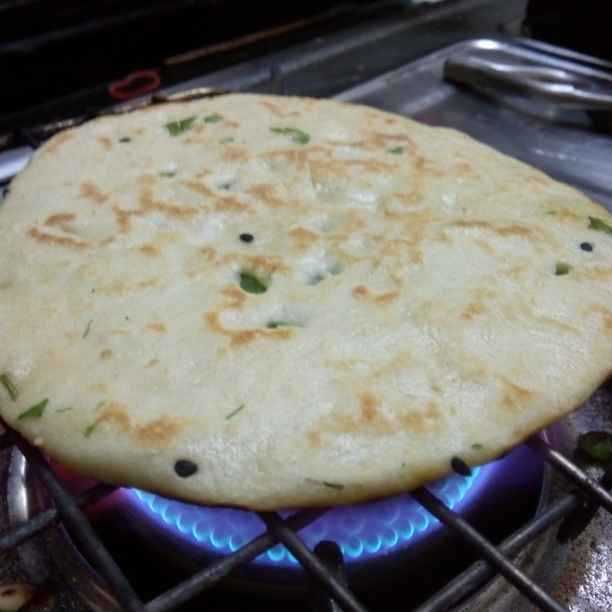 How to make বেবি গার্লিক নান