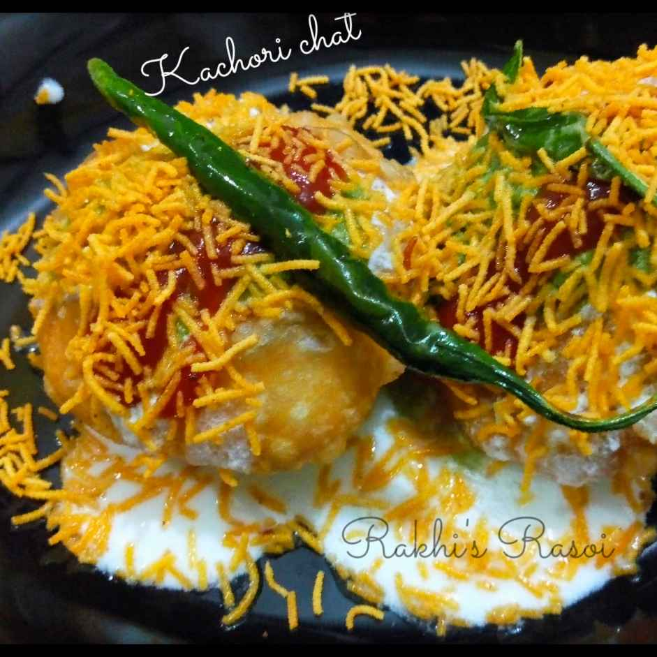 How to make Sprouts Kachori Chaat