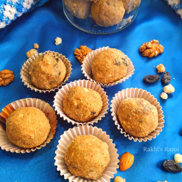 How to make Nutritious Dry Fruit Laddoo with whole wheat and edible gum