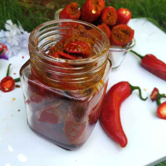 How to make Banarasi Red Chilli Pickle/banarasi Lal mirch ka achar